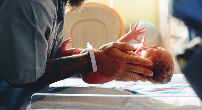 Pruebas médicas a los bebés